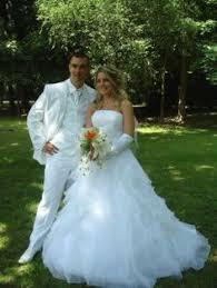 depot vente robe de mari e robe de mariée déclinée en réalisations personnalisées