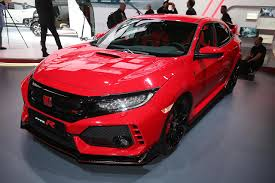 honda civic type r 2017 2017 honda civic type r debuts in geneva set to arrive in us next