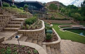Landscaping Ideas For Sloped Backyard Amazing Retaining Wall Ideas For Sloped Backyard 90 Retaining Wall