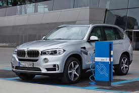 electric bmw bmw r d chief in 50 years most of us will drive electric vehicles