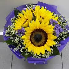sunflower bouquet 108 florist sunflower bouquet 3 stalks