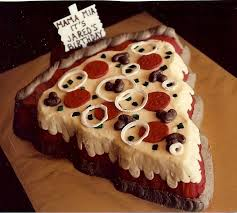 D Christmas Tree Cake - click here to see cakes that look just like pizza bake d good