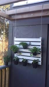 Vertical Garden For Balcony - suspended pallet vertical garden for your balcony u2022 1001 pallets