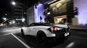 pagani zonda wallpaper black and white pagani huayra city night hd wallpaper 28604