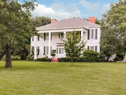 plantation style home genteel living in beautiful southern homes in update the