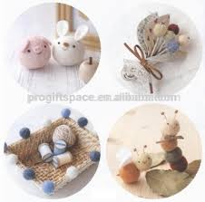 Christmas Decorations And Products Wholesale Suppliers by 2017 Newest Hotsell Eco Friendly Handmade Nepal Wool Felt Ball