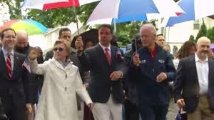 clintons cuomo at memorial day parade in chappaqua nbc new york