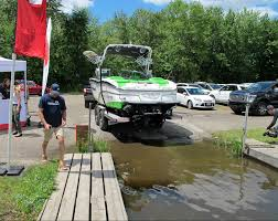 nissan canada customer service nissan makes waves u201d with boatsmart wheels ca