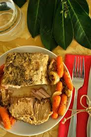 crockpot pork tenderloin with apples u2013 go eat and repeat