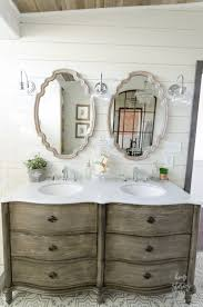 Decorative Bathroom Vanities by Best 25 Farmhouse Bathroom Mirrors Ideas On Pinterest Farmhouse