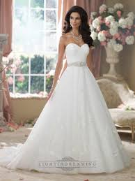 strapless sweetheart embroidered lace appliques ball gown wedding