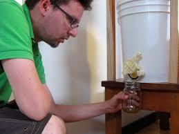 Harvesting Honey From A Top Bar Hive Top Bar Tj U0027s Mad Mad Honey Harvesting Method Mistress Beek