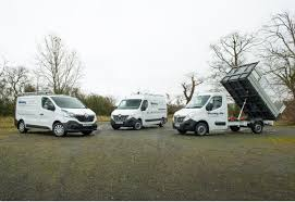 renault vans renault vans and tippers commercial vehicle dealer