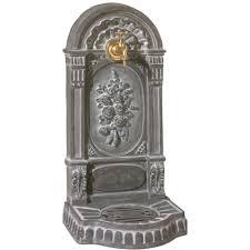 fontaine murale en zinc deco exterieur jardin fontaine robinet de jardin clapet en