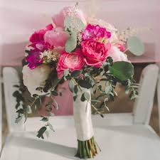 wedding flowers questions to ask questions to ask your wedding florist before you book shop