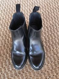 dr martens womens boots size 9 amazon dr martens womens flora smooth chelsea boots black size