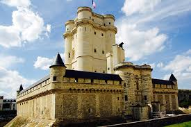 bureau de change vincennes vincennes castle visit and bois de vincennes bike tour blue fox travel