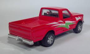 volkswagen maisto diecast toy pickup truck scale models