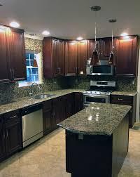 giallo fiorito granite with oak cabinets giallo fiorito granite