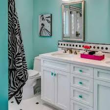 zebra bathroom ideas 17 best ideas about zebra bathroom decor on