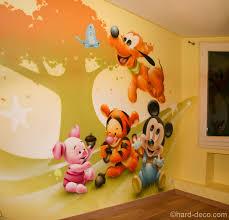 deco mickey chambre décoration personnages mickey pluto tigrou et porcinet