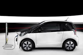 toyota iq all electric iq revealed but only 100 will be produced as toyota
