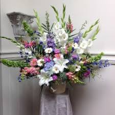 flower delivery seattle delphinium flower delivery in seattle lavassar florists