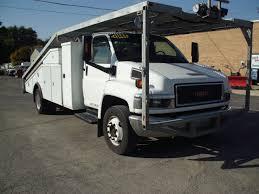 toyota uhaul truck for sale 1569 07 gmc 5500 u haul car hauler for trucker auto