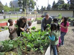 Benefits Of Urban Gardening - the benefits of community gardens keep oakland beautiful