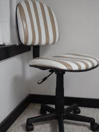 Duck Hold It For Rugs Tape Duct Tape Chair Classroom Ideas Pinterest Duct Tape Duck