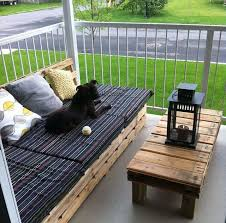 Pallet Sofa Cushions by 306 Best Pallets Images On Pinterest Home Projects And Pallet Ideas