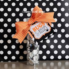 party city halloween treat bags freebie free bugs and kisses halloween treat tags
