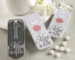 unique wedding favors for guests awesome guest wedding gift ideas wedding guide