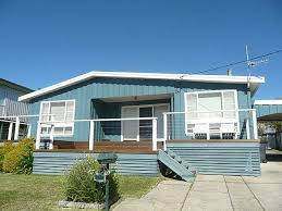 House Colours Classic Aussie Beach House Colours House Exterior Colour Schemes