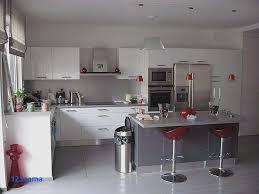 photo deco cuisine élégant carrelage imitation parquet moderne pour déco cuisine deco