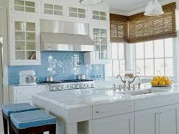 cuisine blanche et bleue inspiration déco cuisine blanc et bleu decoration guide