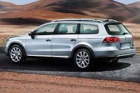 volkswagen alltrack offroad vw passat goes off road with alltrack version will debut at the