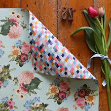 flower wrapping paper 18 floral wrapping papers to buy or diy brit co