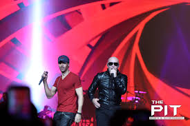 enrique iglesias and pitbull u0027don u0027t stop the party u0027 at the palace