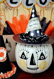 Paper Mache Halloween Crafts by Jennuine By Rook No 17 Make A Halloween Folk Art Candy
