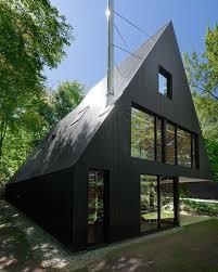 modern cabin in hemlock forest quebec canada architecture