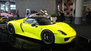 porsche 918 acid green el porsche 918 spyder u0027acid green u0027 a la venta en dubái autobild es