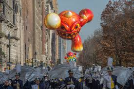 thanksgiving day video 2015 macy u0027s thanksgiving day parade in new york city