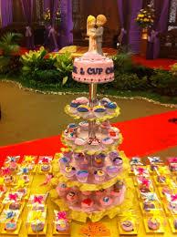 wedding cake balikpapan wedding cake cupcakes di balikpapan fya cookies cake cupcakes