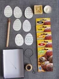 Easter Egg Decorating Pens by Pysanka Easter Egg Decorating Kit Medium Wax Pen Kistka 5 Dyes