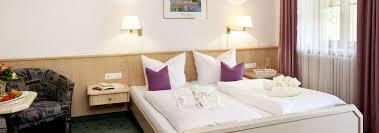 Omas Schlafzimmer Bilder Hotel Berghof In Pfronten Zimmer U0026 Preise