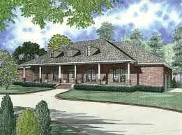 house plans with front porch one story this one story country home hosts a covered front porch