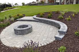 Paving Stone Patio Patios Hardscapes Winnipeg Paving Stone And Retaining Wall