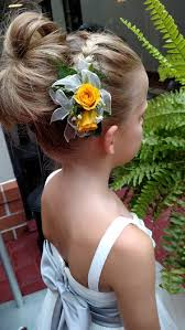flower girl hair the 8 best flower girl accessories for your wedding