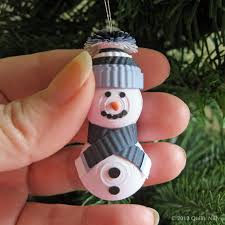 paper quilling 3dimensional snowman ornament by quillynilly